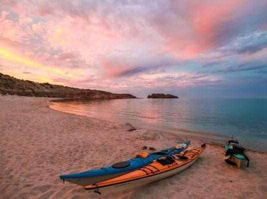 sunset in baja kayaking the sea of cortez